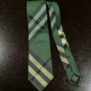 Ben Sherman Plaid necktie green